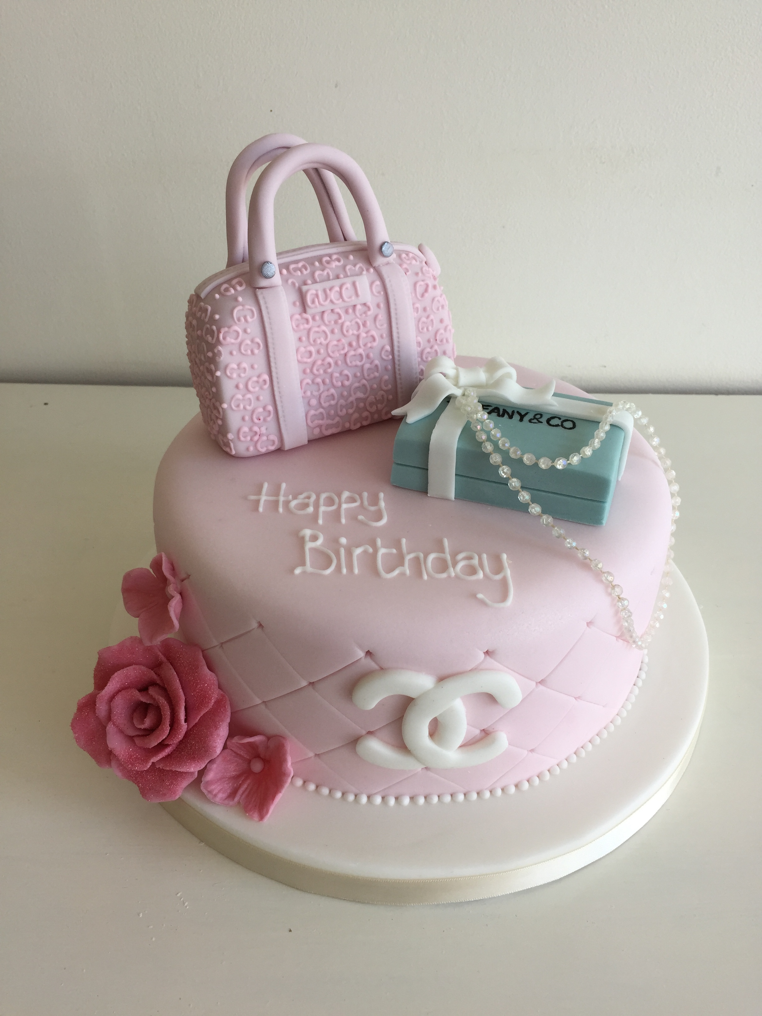 Female Birthday Cakes Bedfordshire Hertfordshire London