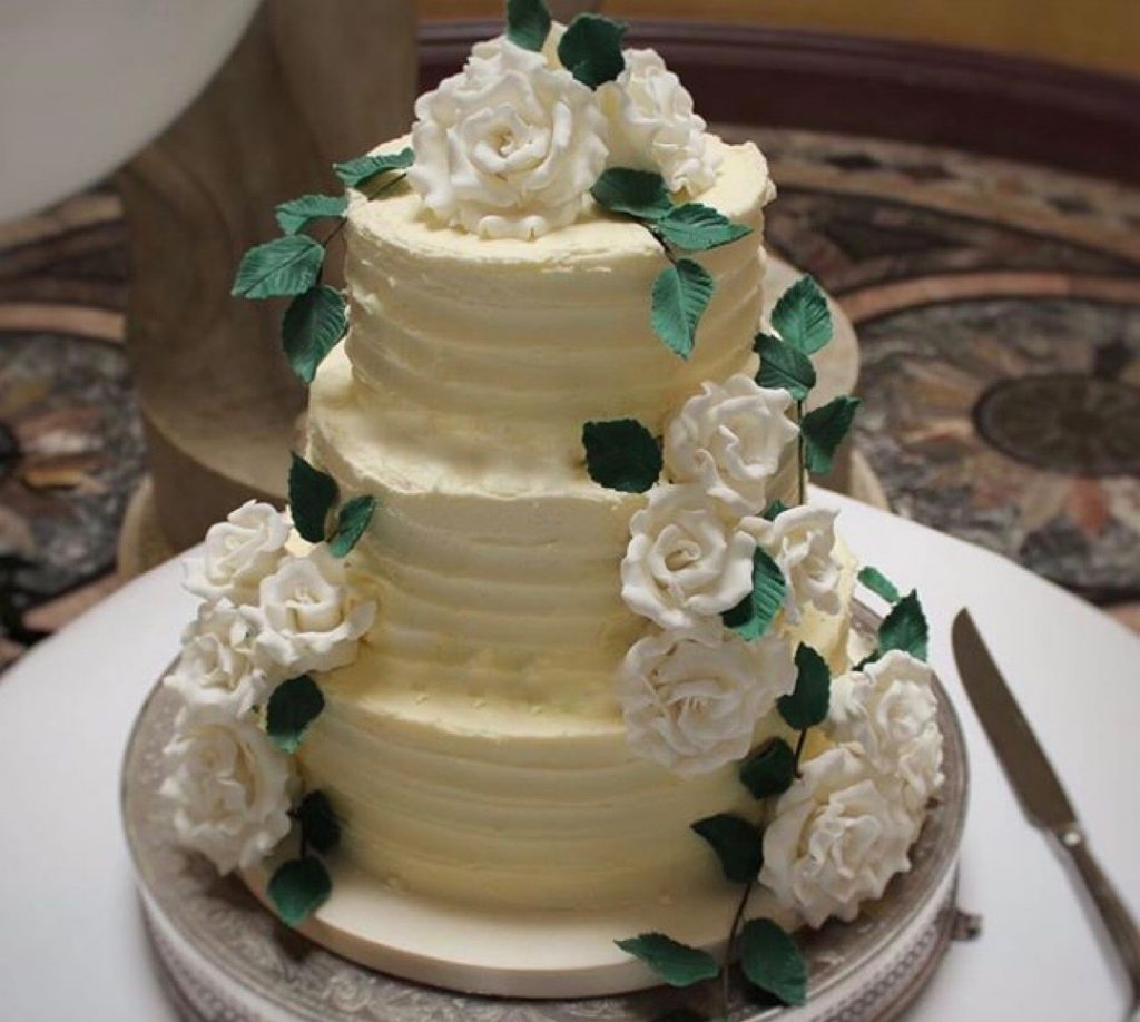 Buttercream Vs Fondant La Belle Cake Company